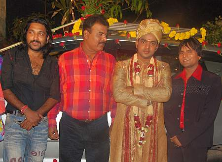Sanjay Sinha with Pawan Singh and others