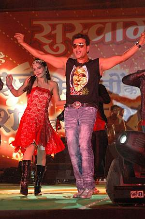 Ravi Kishan doing a stage show at Muzaffarpur, Bihar