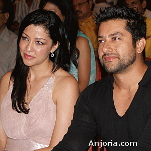 Aftab Shivdasani and Aditi Govatrikar at the conference