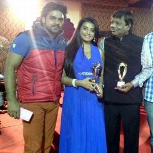 AkshraSingh-awarded
