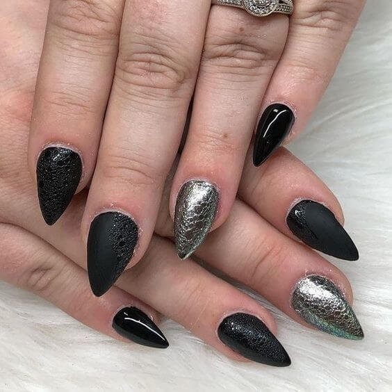 23+ Trendy Short Pointy Nails With Best Ways to Rock in 2020