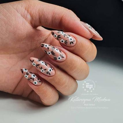 21 fabulous almond acrylic nails 2020 for nail art designs
