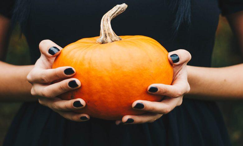 26+ Latest Trendy Halloween Acrylic Nails Tutorials 2021