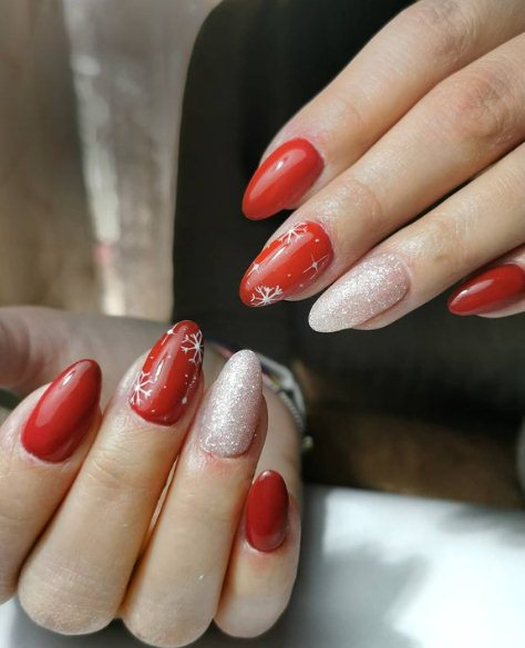 Acrylic Nails with Glitter Designs