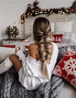 Vintage Christmas and New Year Eve Hairstyles