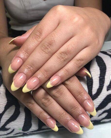 Pastel Christmas Nails