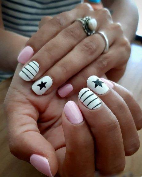 Stars Christmas Nails