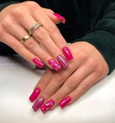 Pink Christmas nail
