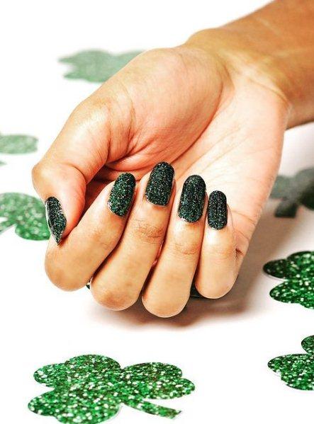 Glitter Irish Green Nails