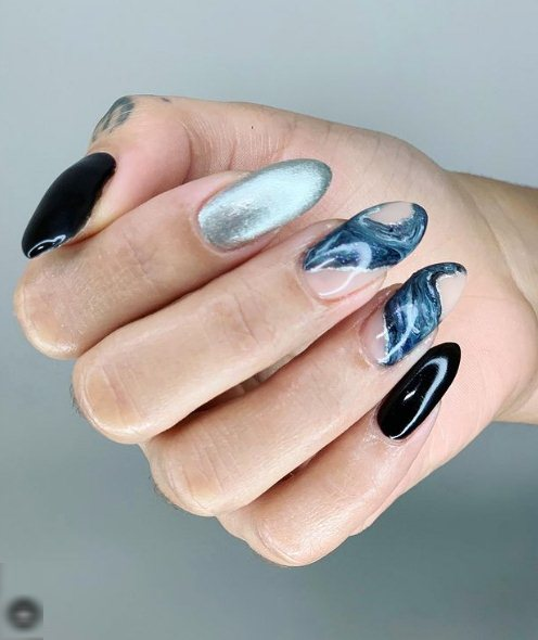 3. Gorgeous Geode nails
