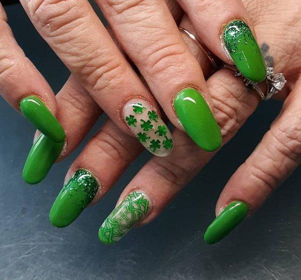 Irish Shamrock Nails