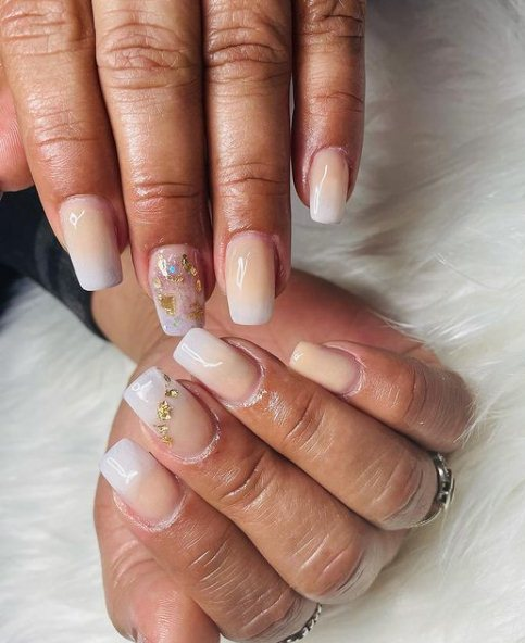 Acrylic nails with golden foil