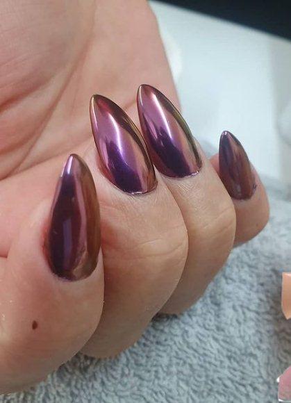 Pretty Purple chrome Nails