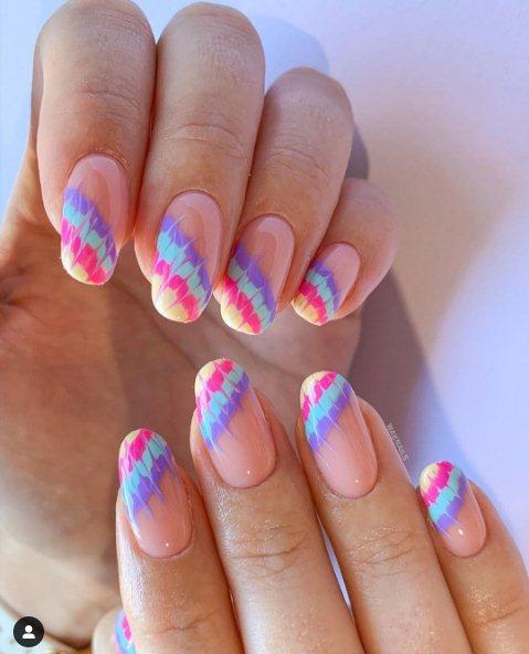 French rainbow manicure