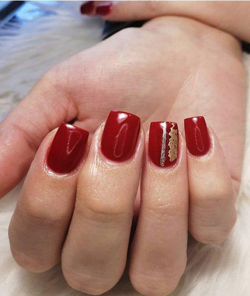 Arty Fingernails
