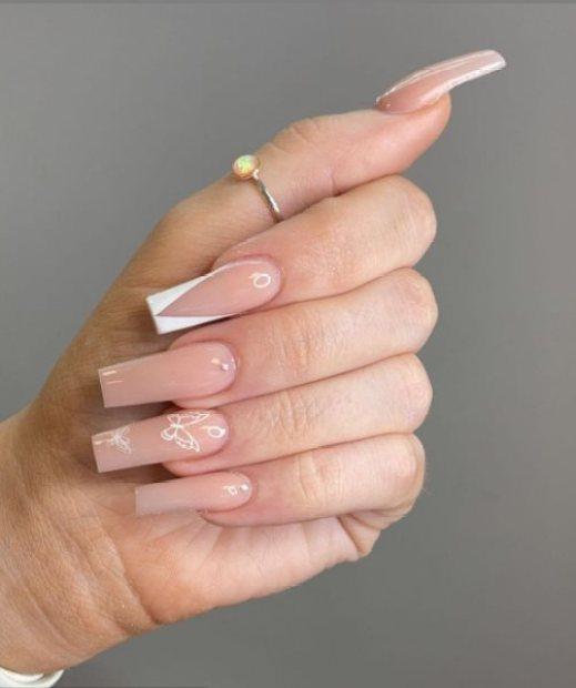 Back-to-School Nail Art Idea