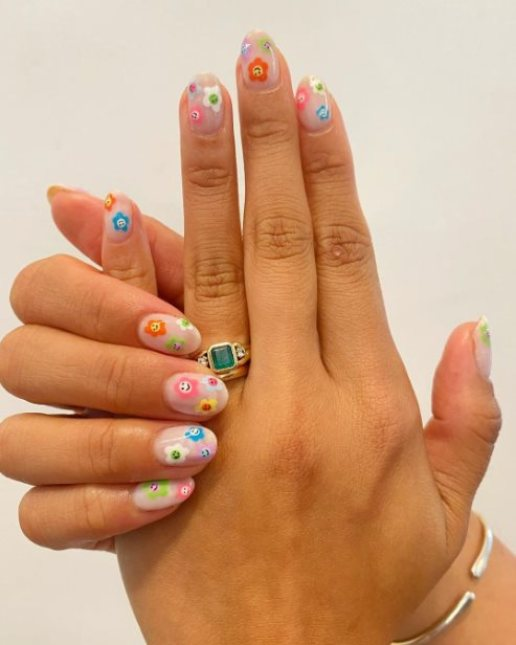 Unique Back-to-school nails