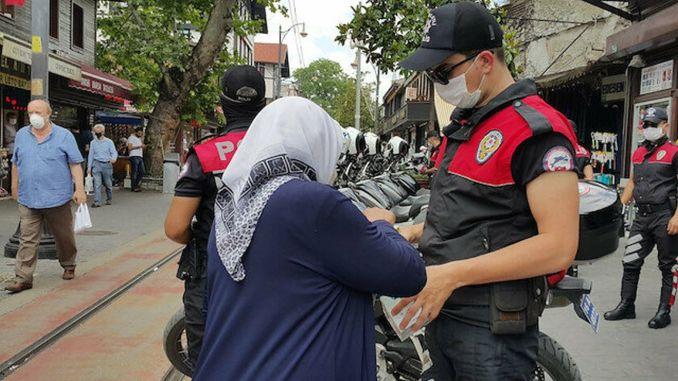istanbul ve ankarada yas kisitlamasi getirildi
