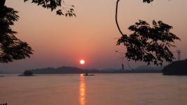 Sunset am Brahmaputra