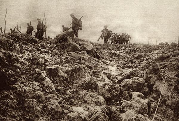 Zerstörte Landschaft nach einer Schlacht an der Westfront