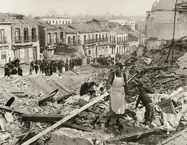 Foto des zerstörten Madrids nach der Eroberung im Spanischen Bürgerkrieg