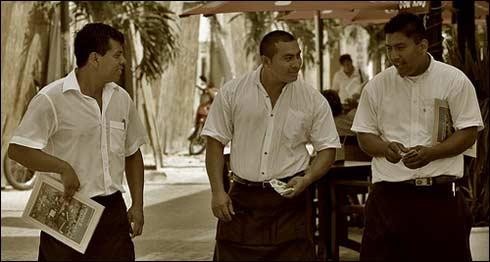 3 Waiters