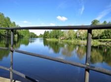 Blå himmel och blått vatten ... vackert :)
