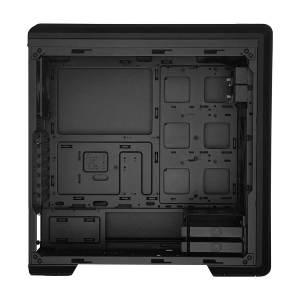 02 Cooler Master MasterBox NR600P