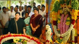 Tamil Nadu Crisis after Jayalalitha's Death