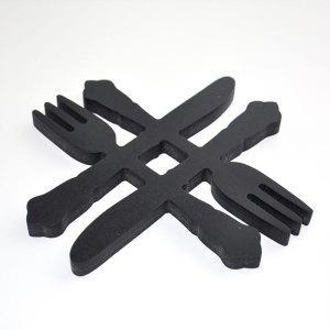 Finbesticken, grytunderlägg svart, fint till köket.