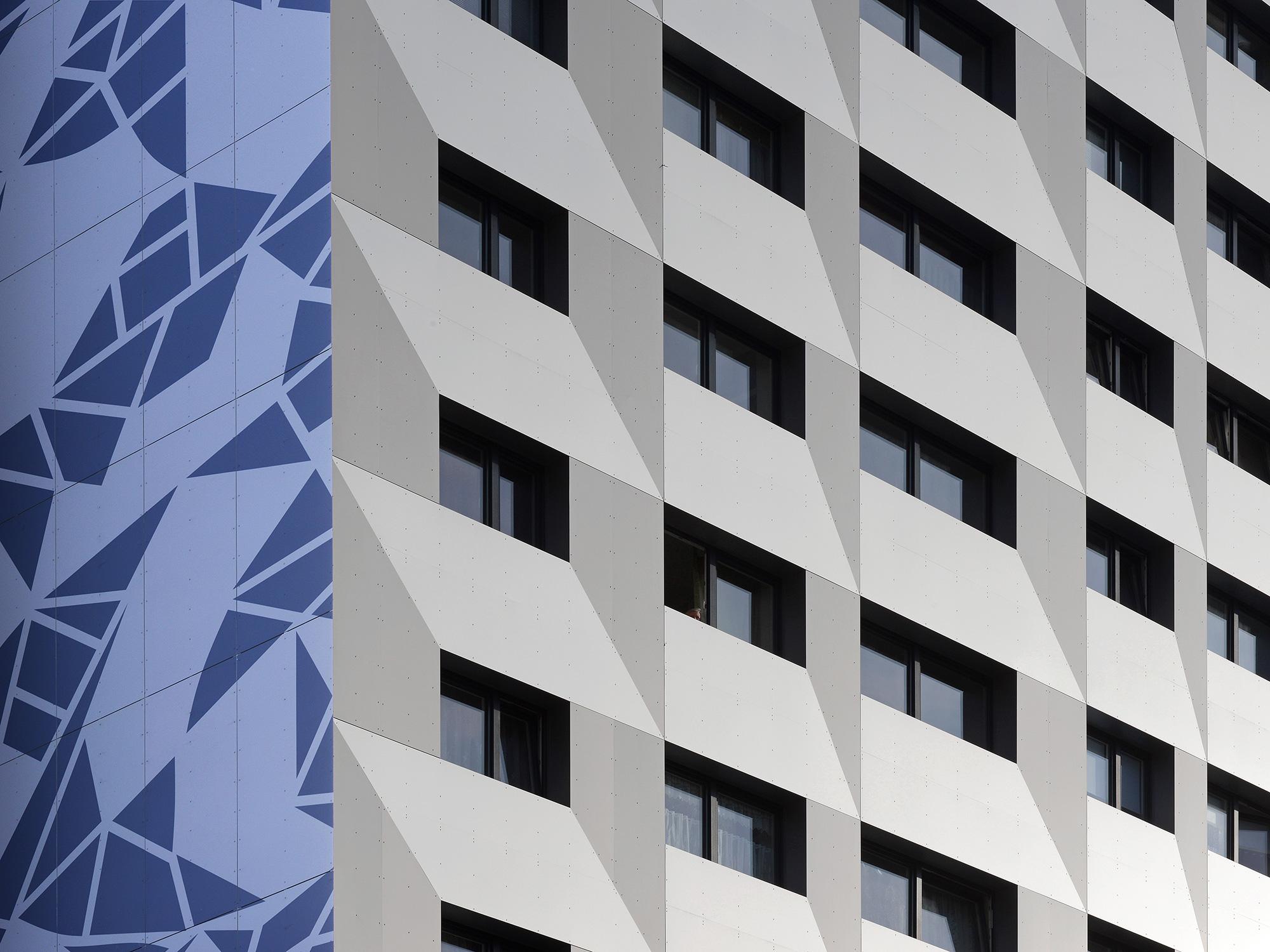 Fassade-Stieglitzweg_hochhaus-architektur-fotografie-berlin-Anna-Dabrowski_minimal
