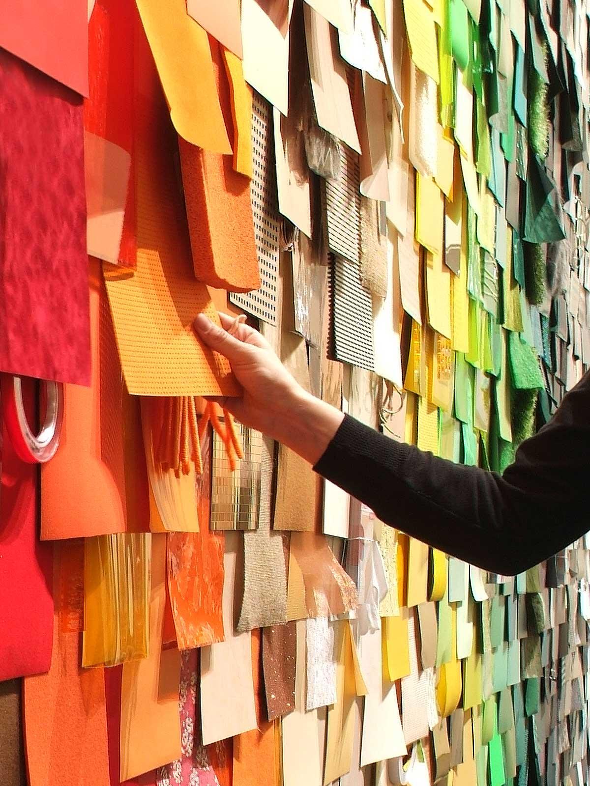 Modulor-material-Hand-total-messe-detail-wand-bunt-color-kreative-berlin-shop