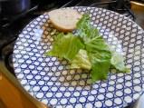 1. Schicht: Salatblätter
