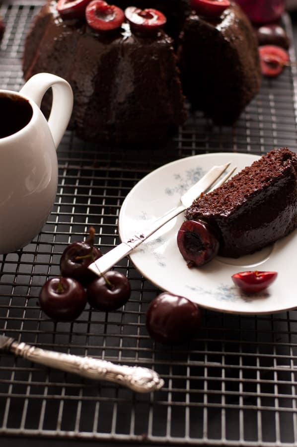Cherry Chocolate Bundt Cake Recipe. Deep and rich in flavor, easy to make and ready in 50 mins. Incredibly tasty cake for any occasion that everyone will love! No dairy and vegan too! Yum! http://annabanana.co/