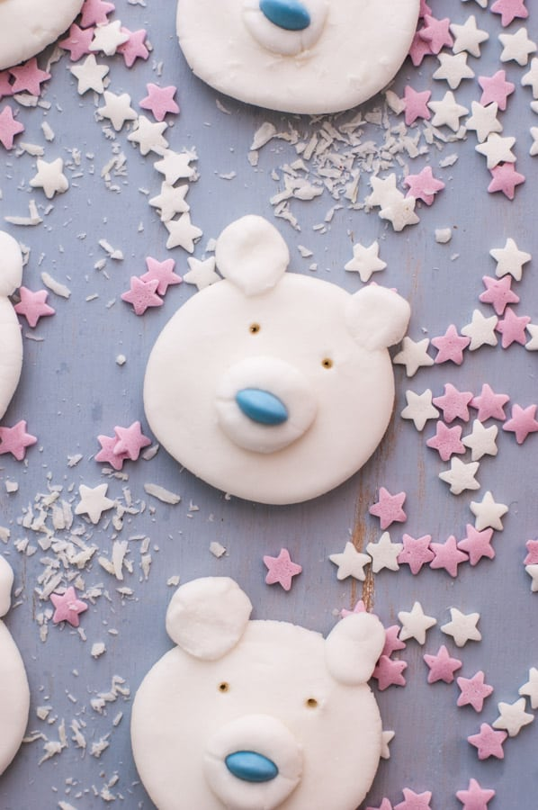 Polar Bear Peppermint Creams | via @annabanana.co