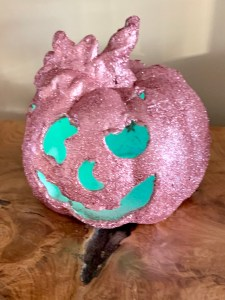 How To Create A Sparkly Pumpkin| Sparkly Pumpkin Tutorial
