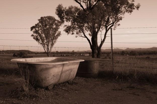 bathtubsepia