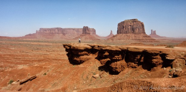I can almost see John Wayne riding his horse in this scenery (@John Ford's Point).