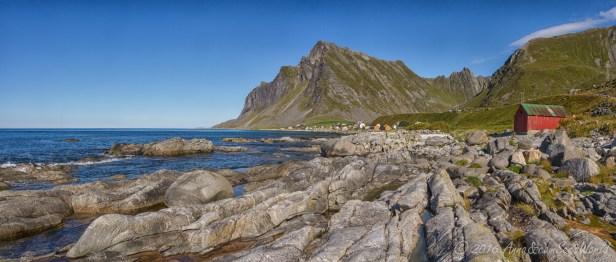 Vikten and rugged beach