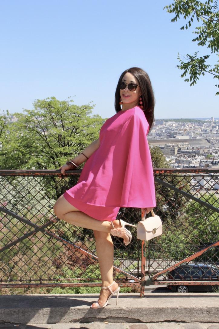 look robe à volant rose
