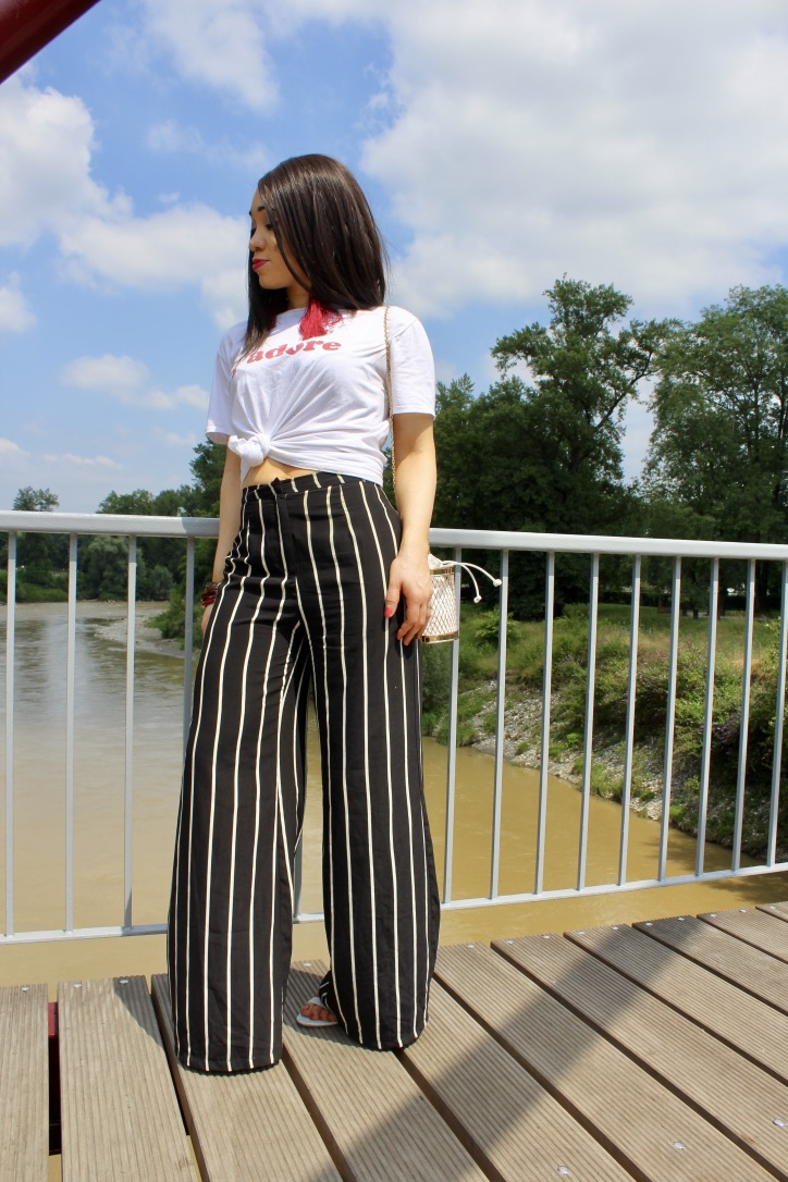 inspiration look large pantalon à rayures