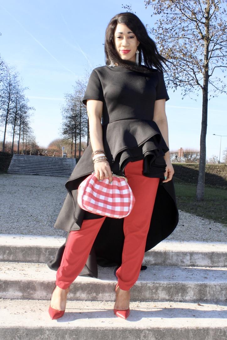 look noir et rouge