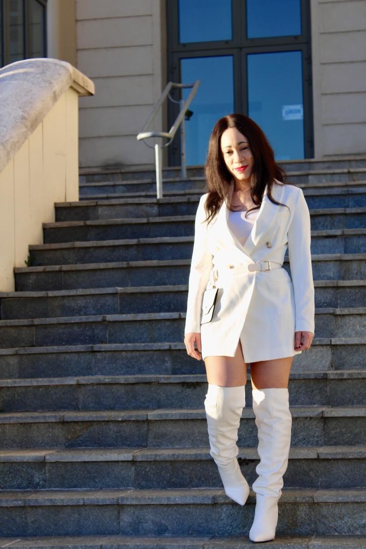 robe blazer blanche