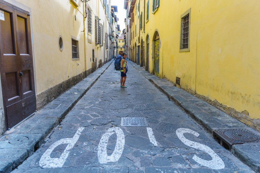 Walking in the alleys of Florence