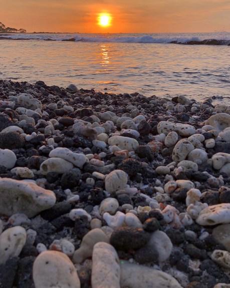 Kuki'o Beach