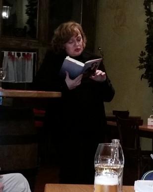 Gelungene Premiere als Vorleserin