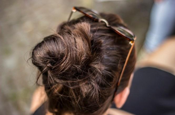 Coloriertes Haar im Sommer Pflege Strahlendes Gesundes Haar
