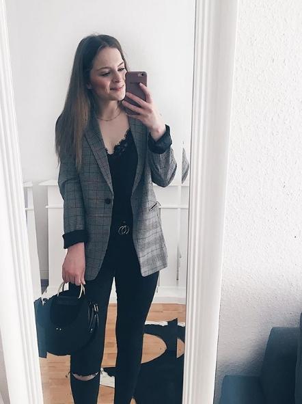 Jacken Trend im Maerz Outfit Karo Blazer Annalena Loves