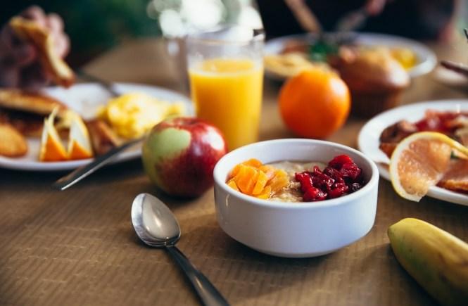 gesunde snacks schwangerschaft ernährung frühstück snacks to go obst vitamine gemüse rohkost