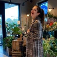 Herbst Outfit: Wie trägt man einen karierten Mantel?